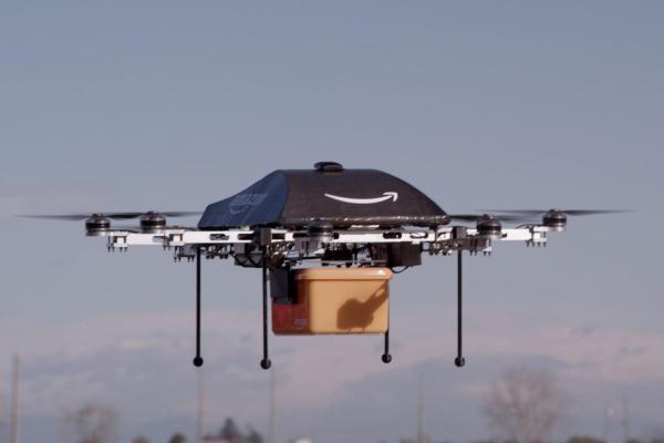 Amazon-PrimeAir-flying